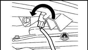 Передний указатель поворота Nissan Juke
